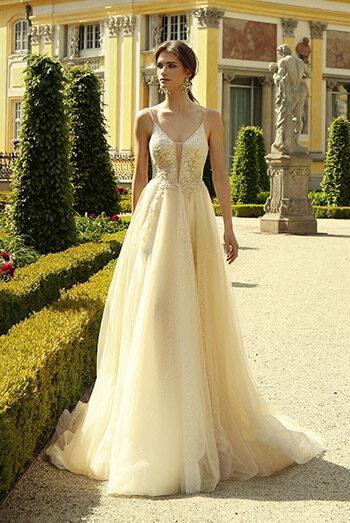 Suknia ślubna - SP2130 + 2130 BOLERKO - kolekcja  2021